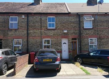 Thumbnail 2 bed cottage to rent in Grays Road, Slough