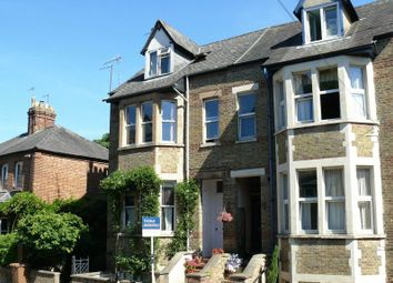Thumbnail 2 bed flat for sale in Walton Crescent, Oxford