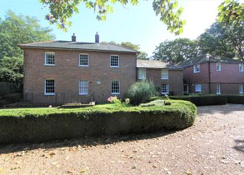 2 bed flat for sale in Hound Road, Netley Abbey, Southampton SO31