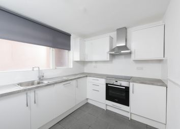 3 bed maisonette to rent in Searles Close, London SW11