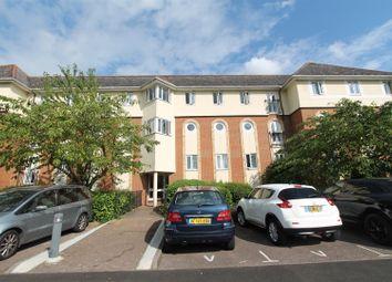 2 bed flat to rent in Walsingham Close, Hatfield AL10