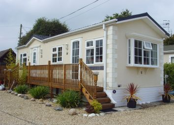 2 bed mobile/park home for sale in Fernhill Park, Wootton Bridge, Ryde, Isle Of Wight, 4Qy PO33