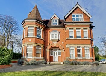 Thumbnail 2 bed flat to rent in Box Ridge Avenue, Purley, Surrey