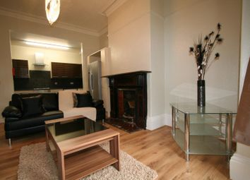 Thumbnail 6 bed flat to rent in Flat 2, 5 Winstanley Terrace, Hyde Park