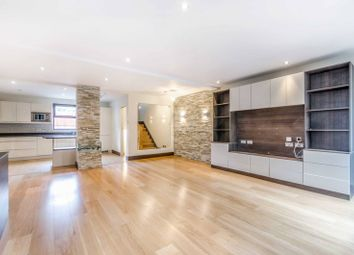 Thumbnail 4 bed property to rent in Wapping Wall, Wapping