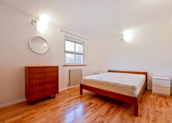 Thumbnail Room to rent in Greenland Dock, Surrey Quays, London