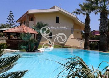Thumbnail 5 bed villa for sale in Fontane Bianche, Sicily, Italy