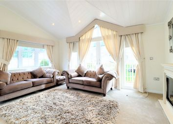 Thumbnail 2 bed mobile/park home for sale in Bushey Hall Drive, Bushey, Hertfordshire