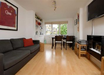 Thumbnail 1 bed flat to rent in Wandsworth Road, Battersea