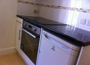 Thumbnail 1 bedroom flat to rent in London Road, Newbury