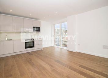 1 bed flat to rent in Lismore Boulevard, Colindale, London, UK NW9