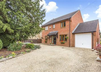 The Moors, Kidlington, Oxfordshire OX5. 5 bed detached house