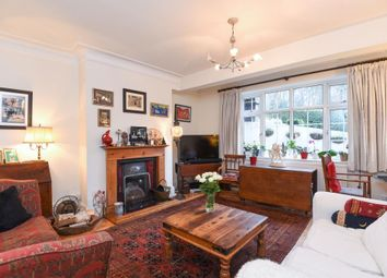Thumbnail 2 bedroom flat to rent in South Close, Highgate N6,