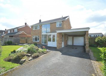 Thumbnail 4 bed detached house for sale in Easthampstead Road, Wokingham