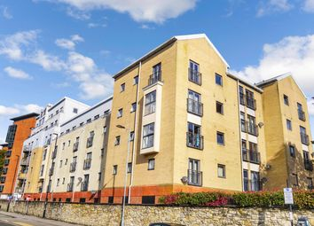 White Star Place, City Centre, Southampton SO14. 2 bed flat for sale