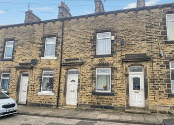 Albert Square, Yeadon, Leeds LS19. 2 bed terraced house for sale