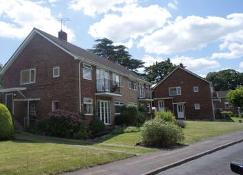 Thumbnail 3 bed flat for sale in Springfield Park, Twyford, Reading