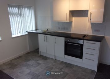 2 bed flat to rent in Park Parade, Havant PO9