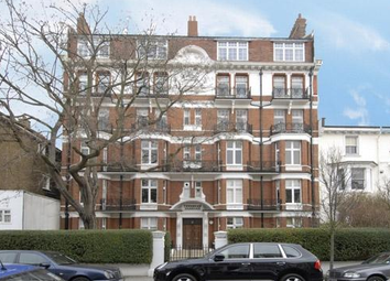 Thumbnail 3 bed flat to rent in Fernshaw Road, Chelsea
