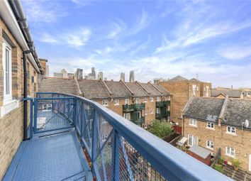 2 bed maisonette to rent in Charnwood Gardens, London E14