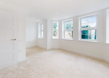 Thumbnail 2 bed flat for sale in Arkwright Road, Sanderstead, South Croydon