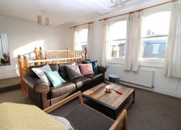 Thumbnail 2 bed flat to rent in Shaftesbury Road, Islington, London