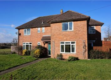 Thumbnail 4 bed detached house for sale in Edinburgh Road, Calne