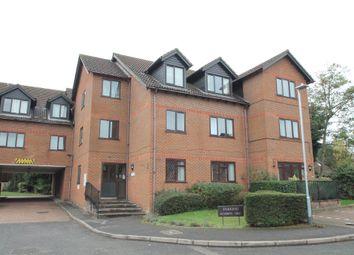 2 bed flat to rent in Sadlers Court, Winnersh, Wokingham RG41