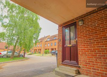 Thumbnail 1 bedroom maisonette to rent in Kingfisher Way, Bishop's Stortford