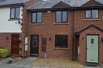 Thumbnail Town house to rent in Church Farm Court, Willaston, Cheshire