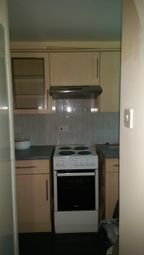 Thumbnail 2 bed flat to rent in Close To Oxford Poly Clinic, Ilford
