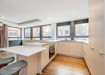 Thumbnail 2 bed flat to rent in Benjamin Street, London