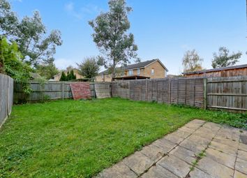 Thumbnail 3 bed town house for sale in Lakeside Avenue, London