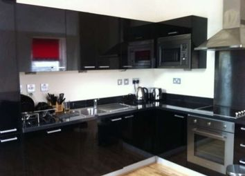 Thumbnail 2 bed flat to rent in Hutcheson Street, Glasgow
