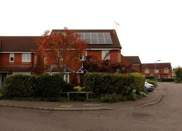 Thumbnail 4 bed detached house to rent in Hinds Way, Aylesbury, Bucks