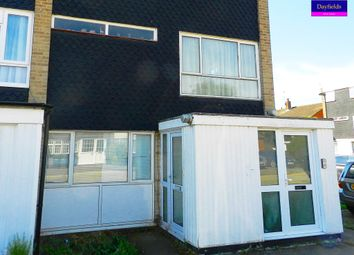 Thumbnail 1 bed flat to rent in Baynes Close, Enfield