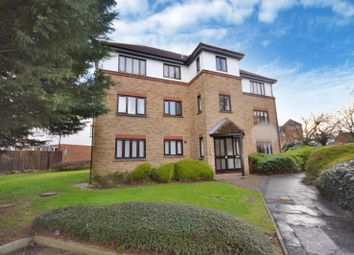 1 bed flat for sale in Kerby Rise, Chelmsford, Essex CM2