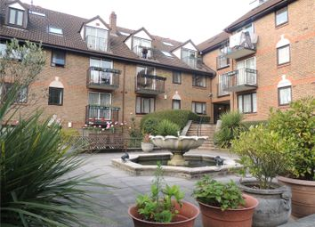 3 bed flat to rent in French Apartments, Lansdowne Road, Purley CR8