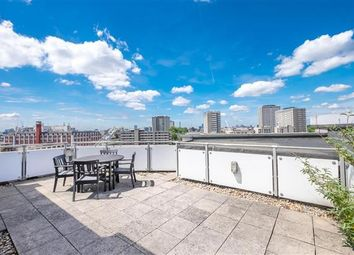 Thumbnail 2 bed triplex to rent in Angel, Old Street, Clerkenwell, London