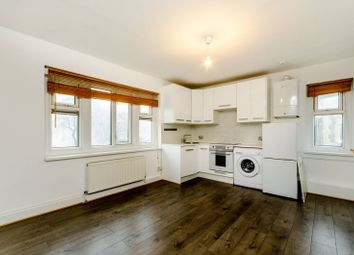 Thumbnail 1 bed flat to rent in Lower Richmond Road, Mortlake