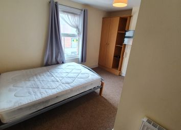 Room to rent in Cambridge Street, Reading RG1