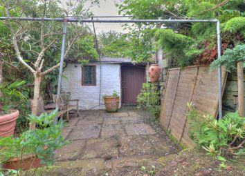 View Croft Road, Shipley BD17