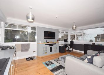 Thumbnail 1 bed flat to rent in Augusta Road, Ryde