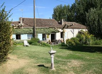 Thumbnail 10 bed country house for sale in St-Pierre-Sur-Dropt, Lot-Et-Garonne, France