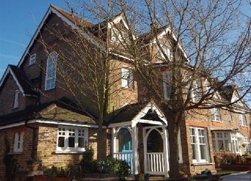 Thumbnail 1 bed flat to rent in Milton Road, Harpenden