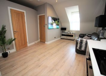 Thumbnail 2 bedroom flat for sale in Station Road, Chingford