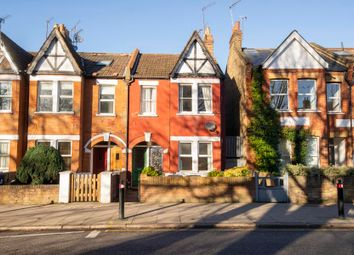 2 bed maisonette to rent in Pitshanger Lane, London W5