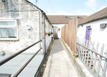 Thumbnail 1 bed flat to rent in Bridge Road, Grays, Essex