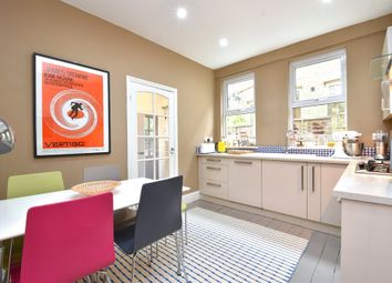 Thumbnail 2 bed flat for sale in Queenswood Road, London