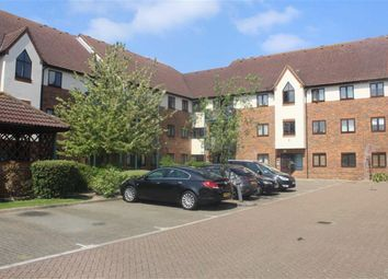 Thumbnail 2 bed flat to rent in Upton Court Road, Slough